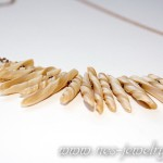 Boho style necklace ivory chips 05
