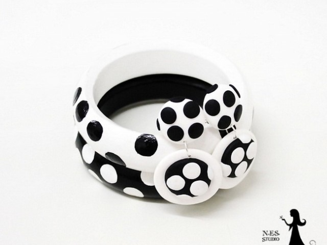 Black and white polka dot clips DIY tutorial